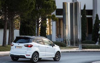 Ford-EcoSport-2018-06