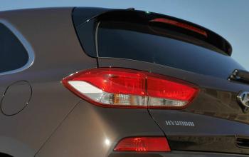 Hyundai-i30-2017-08