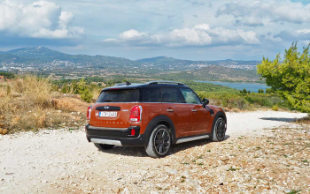 MINI-Countryman-2017-05