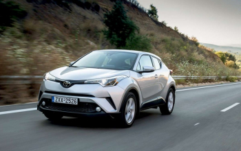 Toyota-C-HR-test-2017-04