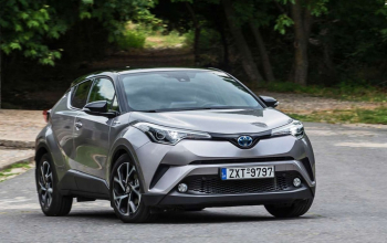 Toyota-C-HR-test-2017-15